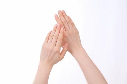 指は痩せられる?指ダイエット方法と細くみせる方法集